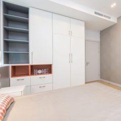 Шкаф с распашными дверями на заказ в Твери
