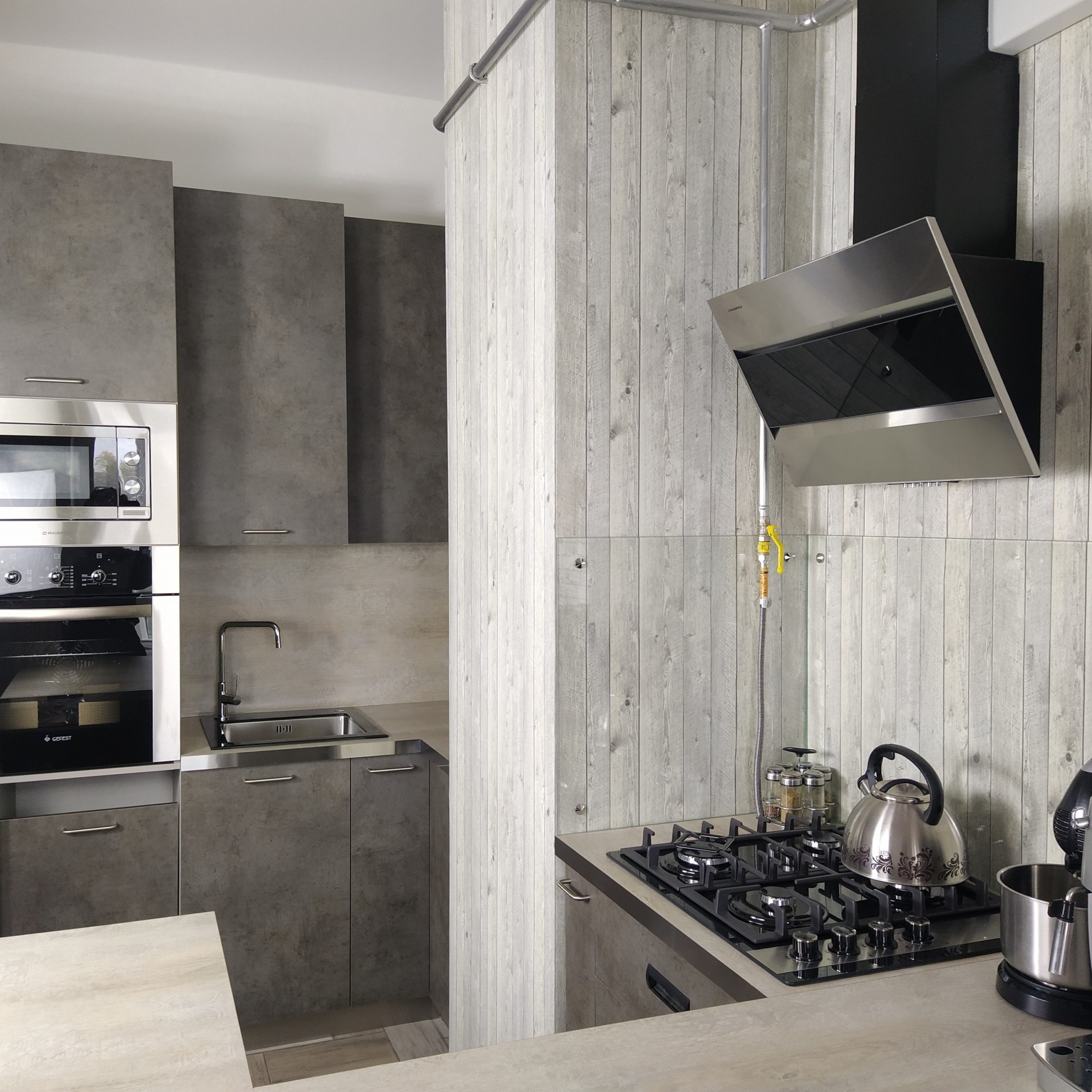 Купить кухню в стиле лофт в Твери